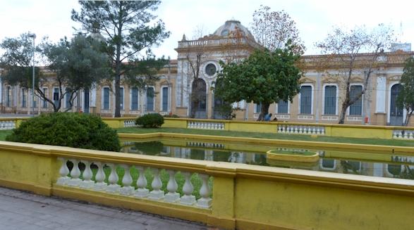 Vergangene Portugiesische Kolonial Pracht
